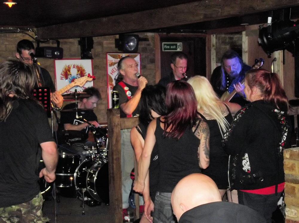 2013 Hells Angels MC Kent Family Yard Party Sat 7th Sept part3   (88)