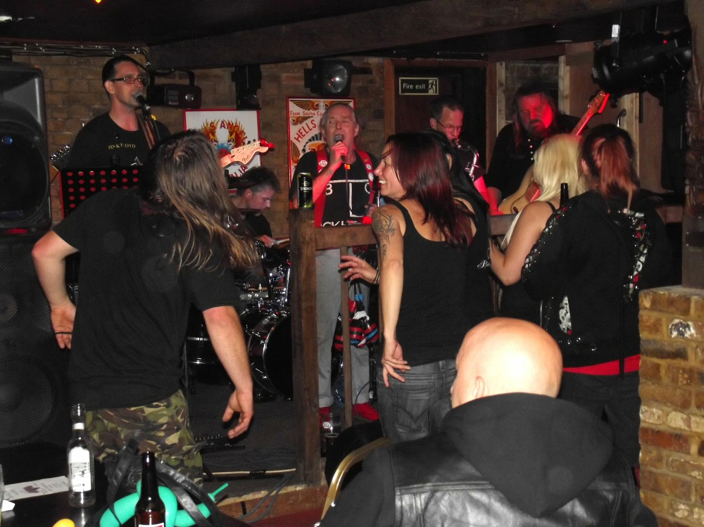 2013 Hells Angels MC Kent Family Yard Party Sat 7th Sept part3   (96)
